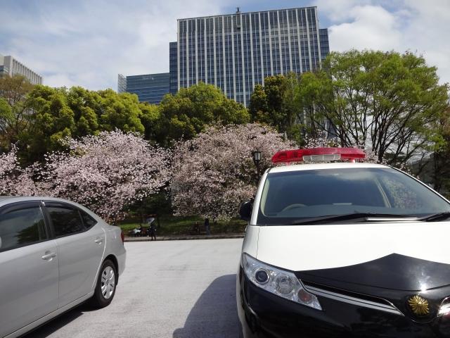 人身事故物損事故と警察のイメージ